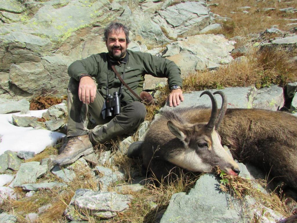 Italia Caza de rebecos en los Alpes